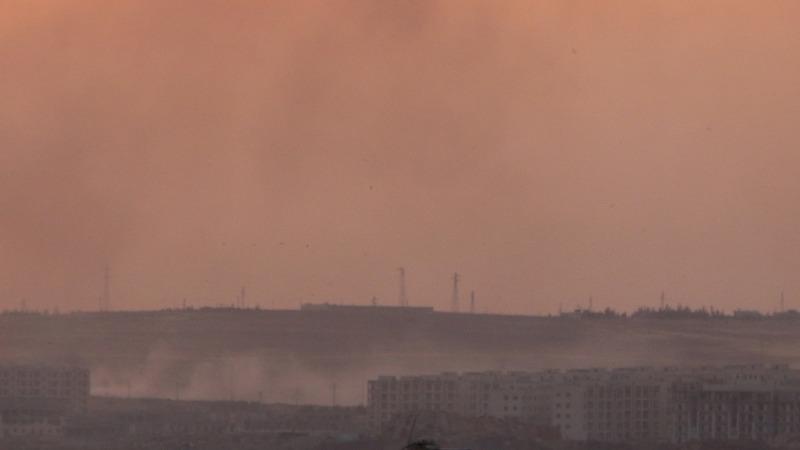 Barrel bombs kill dozens in Syria's Aleppo