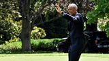 Obama backs Clinton, and tries to bring Sanders along