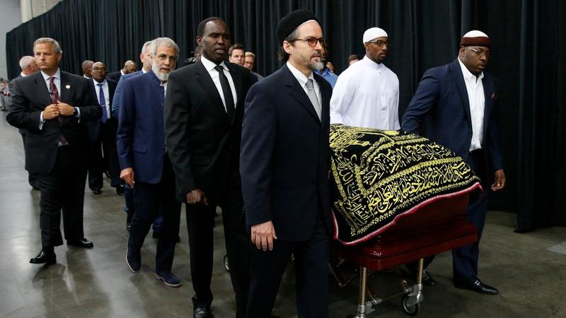 Muhammad Ali honored at Muslim funeral