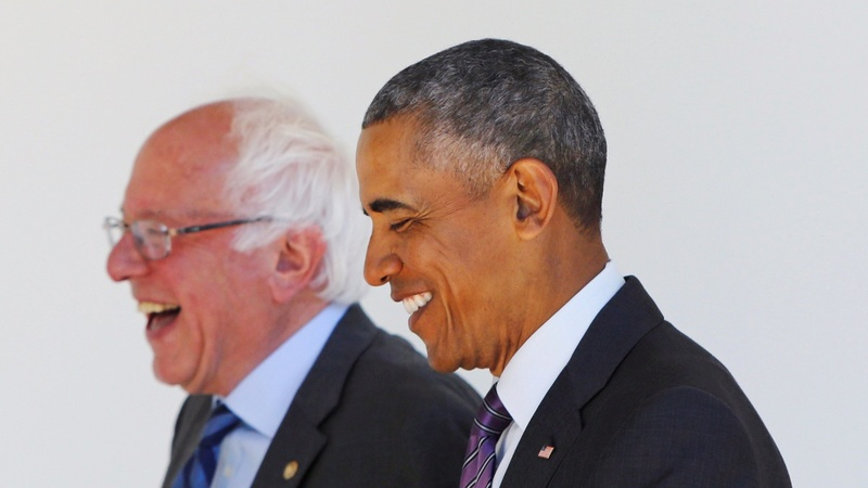 Obama plays peacemaker with Clinton nod
