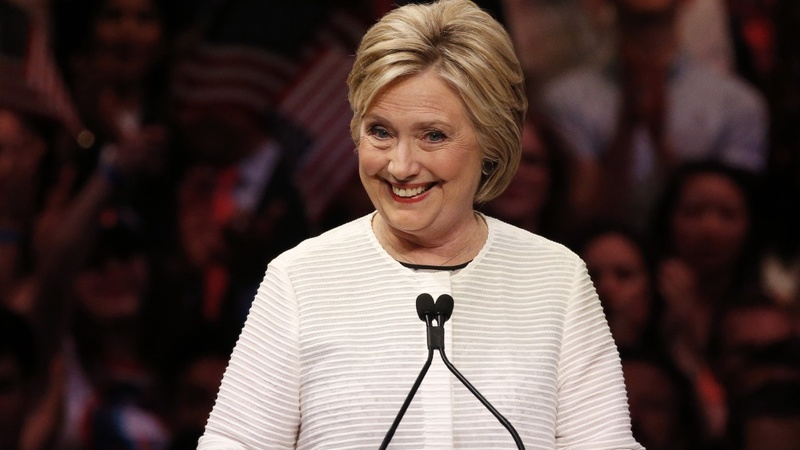 INSIGHT: Hillary goes bold on Twitter