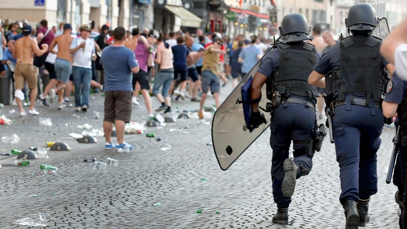 England fans clash with French police at Euro 2016