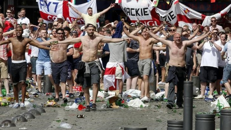 England, Russia threatened with Euro 2016 ban