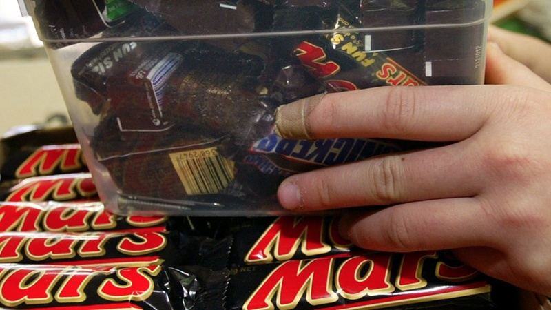 Mars may pull M&M's from fast food desserts