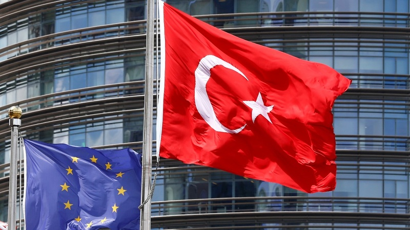 Turkey arrests 3 press-freedom campaigners