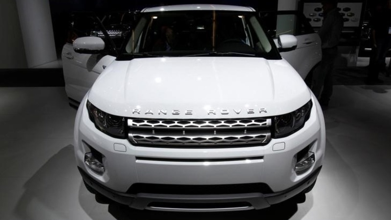 Land Rover says Brexit could cost it £1bln