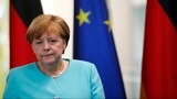 Merkel tries to slow rush for quick Brexit