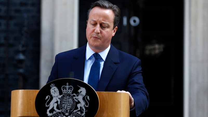 Cameron faces EU leaders in Brussels
