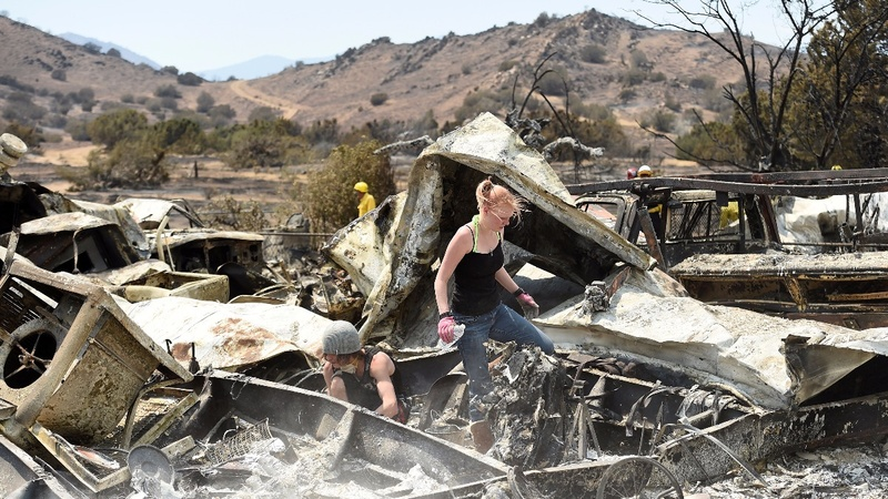 Firefighters gain ground over California blaze