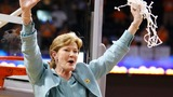 Legendary coach Pat Summitt mourned
