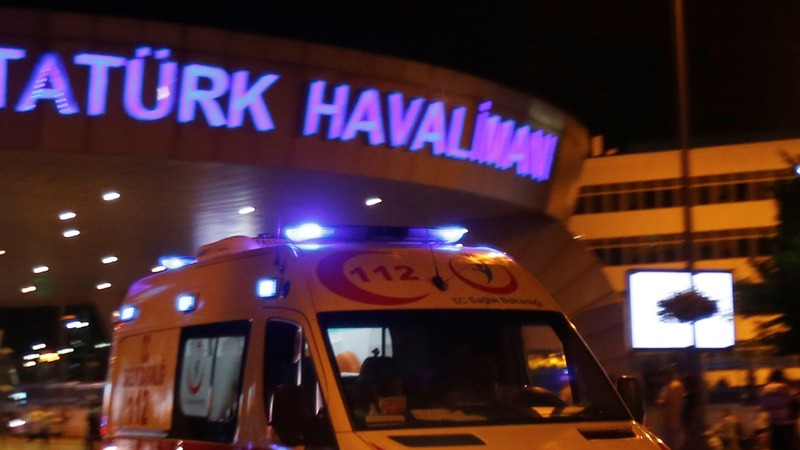 Bombs rip through Istanbul airport