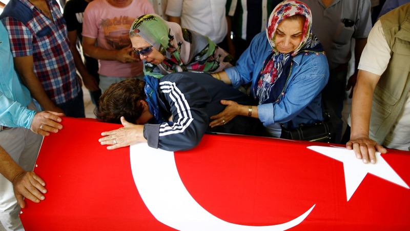 World points finger at I.S. over Istanbul attack