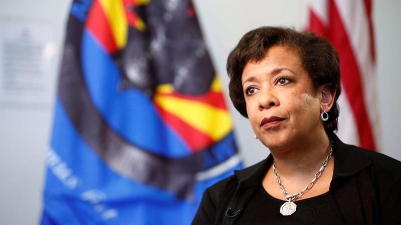 Lynch under fire for Clinton confab