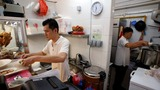 Singapore's fading food hawker heritage