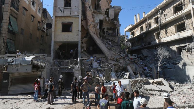 Army fire cuts road into rebel-held Aleppo