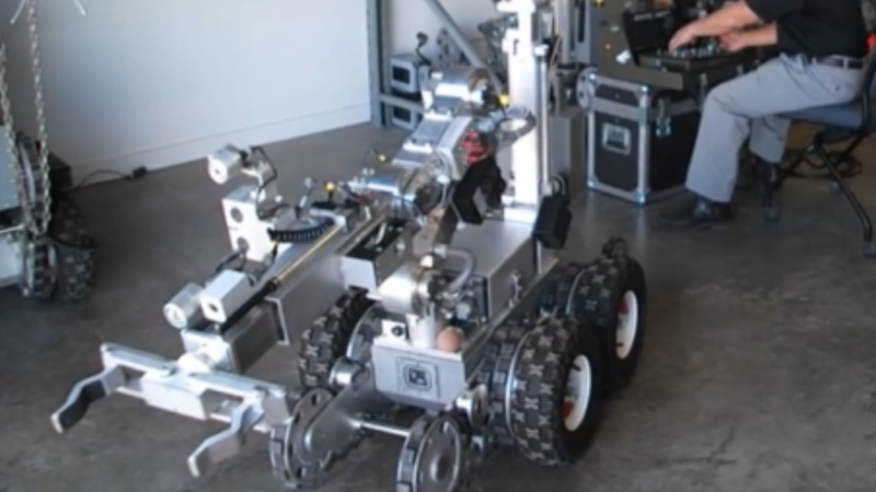 Dallas bomb robot raises red flags