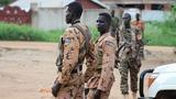 Gunfire pushes South Sudan towards civil war