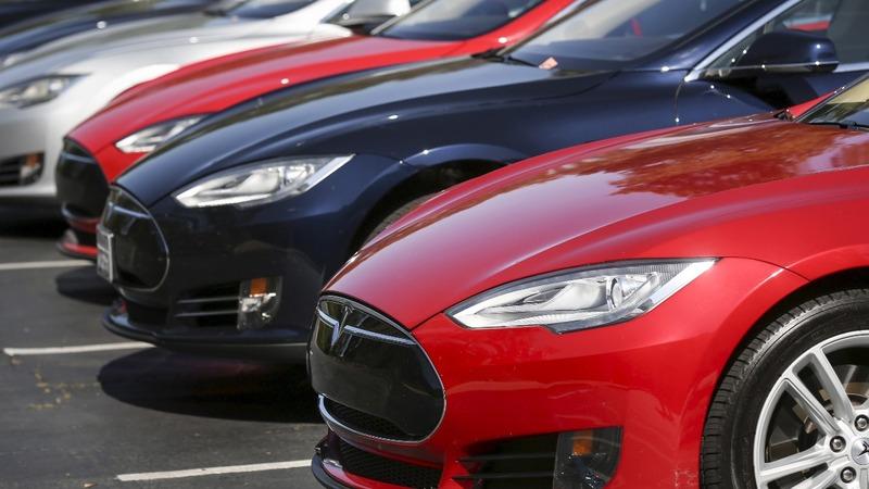 Tesla crash raises stakes for self-driving tech