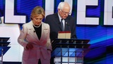 Sanders makes first appearance with Clinton on trail