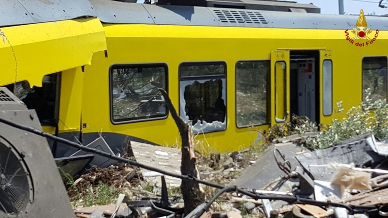 Train crash in Italy kills at least 20