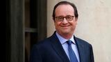 Hollande's haircuts set social media alight
