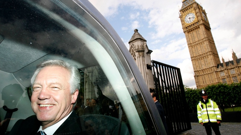 Britain's 'Charming Bastard' to lead Brexit talks