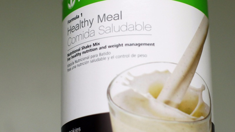 Herbalife avoids 'pyramid scheme' label