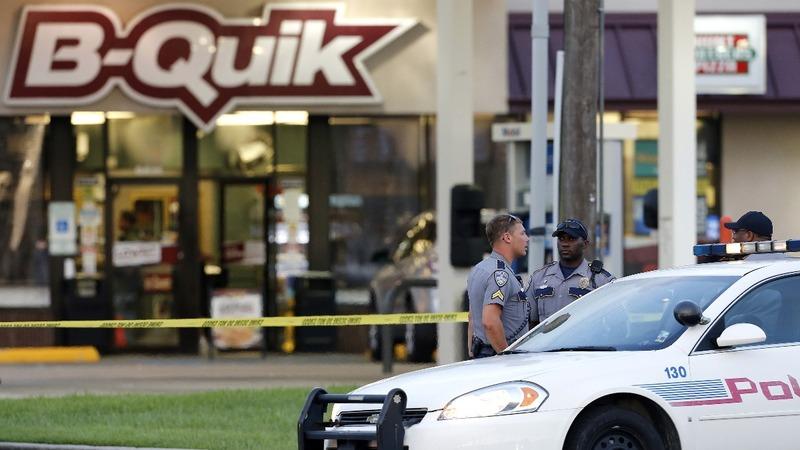 Baton Rouge shooter praised Dallas ambush