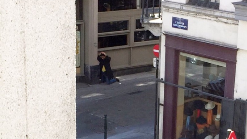 Suspected suicide bomber spotted in Brussels