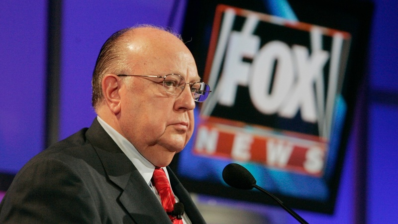 Murdoch takes over as Fox News chief resigns