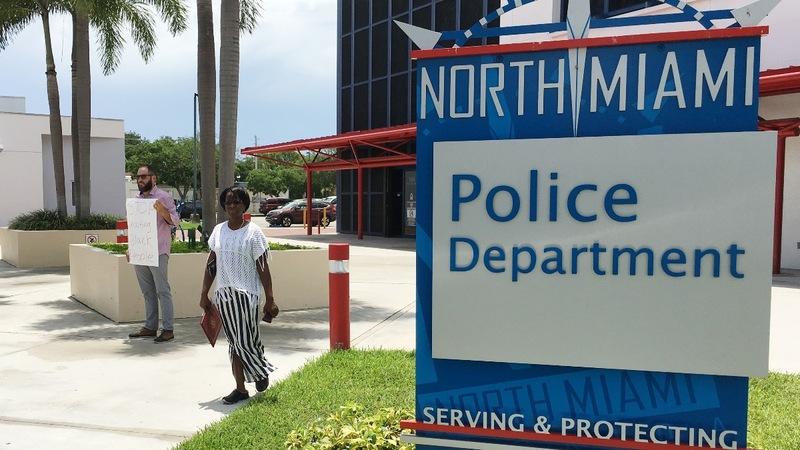 Florida police shooting spurs state investigation