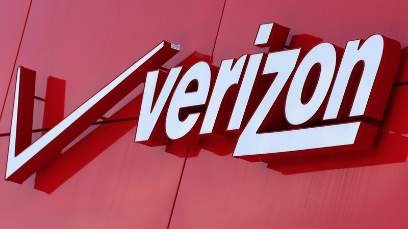 Verizon bets on ancient web history with Yahoo buy