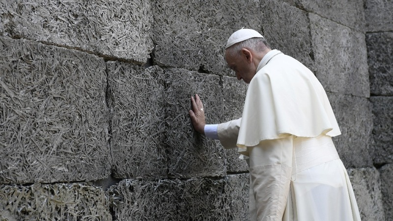 """""""Forgive so much cruelty"""": Pope at Auschwitz"""