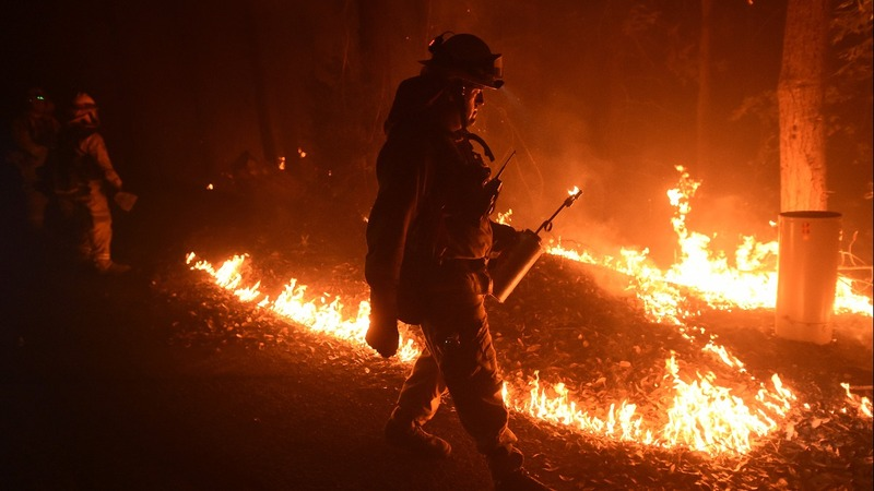 Unrelenting wildfire scorches northern California