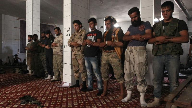 Syrian rebels try to break Aleppo siege