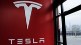 Musk ignores concerns, proceeds with SolarCity deal