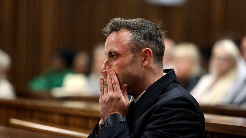 Pistorius treated for minor wrist injuries