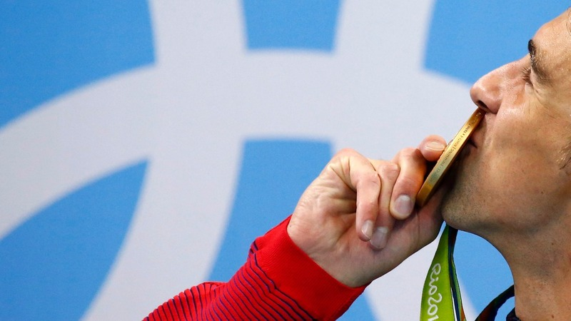 Phelps grabs his 19th Olympic gold
