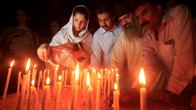 Islamic State claims horrific bombing in Pakistan