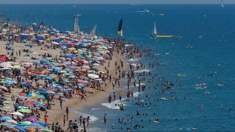 TUI outlook rosy as European tourists go west