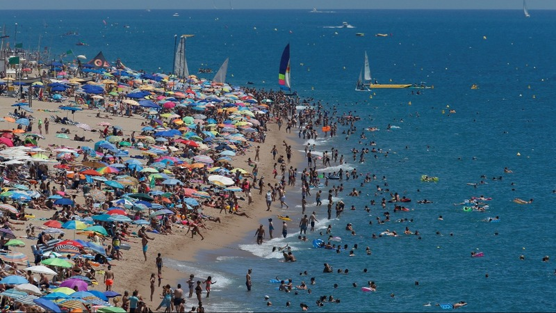TUI outlook rosy as European tourists go west