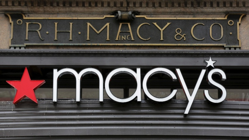 Macy's, Kohl's shrink in Amazon's shadow