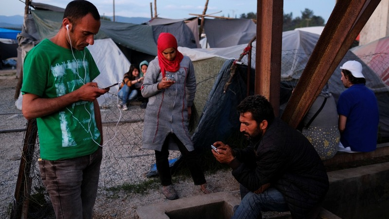 Germany mulls smartphone checks for refugees