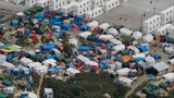 UK officials tour Calais 'jungle' post-Brexit