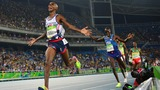 Farah does 'double double', U.S. clean up