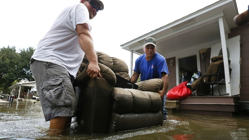 Uninsured may get little aid after Louisiana floods