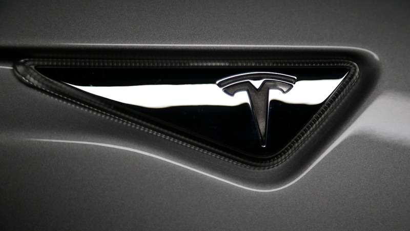 Tesla touts speed with new announcement