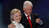 Clinton under pressure to cut Foundation ties
