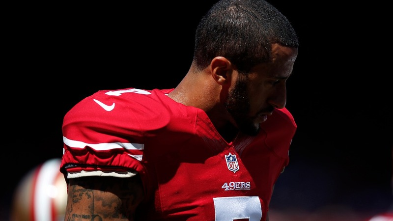49ers defend QB who sat out national anthem