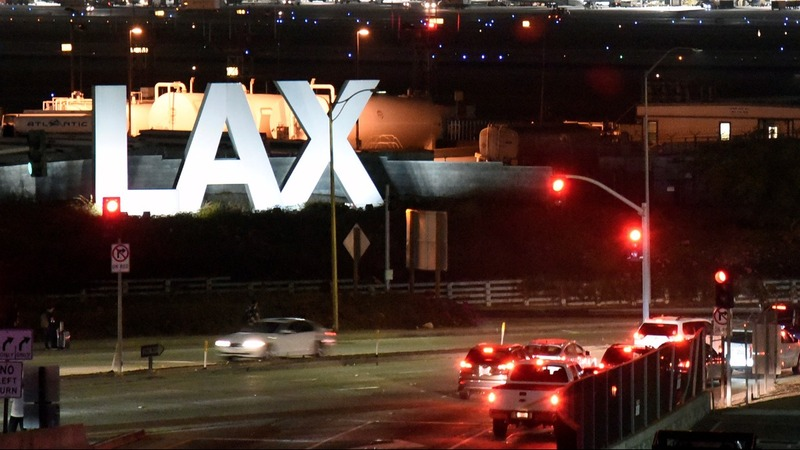 'It was chaotic': panic after false alarm at LAX